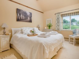 self catering holidays east midlands | Thorganby Hall