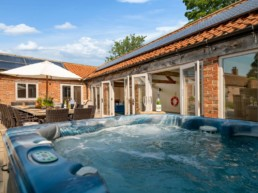 Holiday rental with pool for silver surfers east midlands | Thorganby Hall