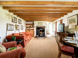 cosy holiday rental east midlands | Thorganby Hall