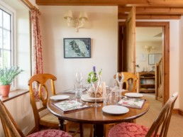 cosy holiday cottages east midlands | Thorganby Hall