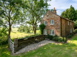 gorgeous holiday rentals east midlands | Thorganby Hall
