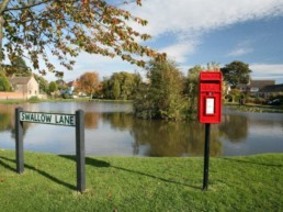 beautiful country walks for couples east midlands   Thorganby Hall
